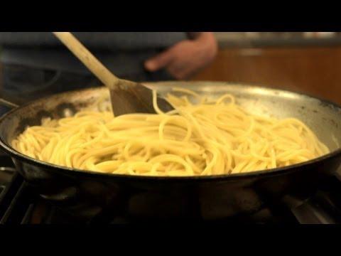 冷水煮義大利麵很簡單