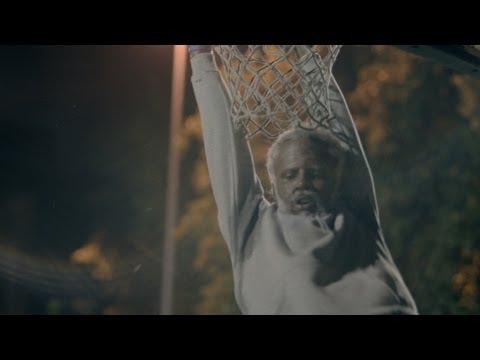 Pepsi MAX和Kyrie Irving呈獻《球棍大叔:第二章》