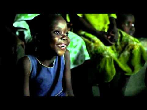 「伸出援手,拯救兒童」- Save The Children