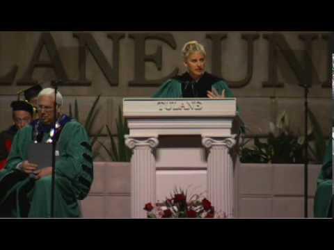 奧斯卡主持人艾倫.狄珍妮畢業演講:跟隨熱情、對自己誠實