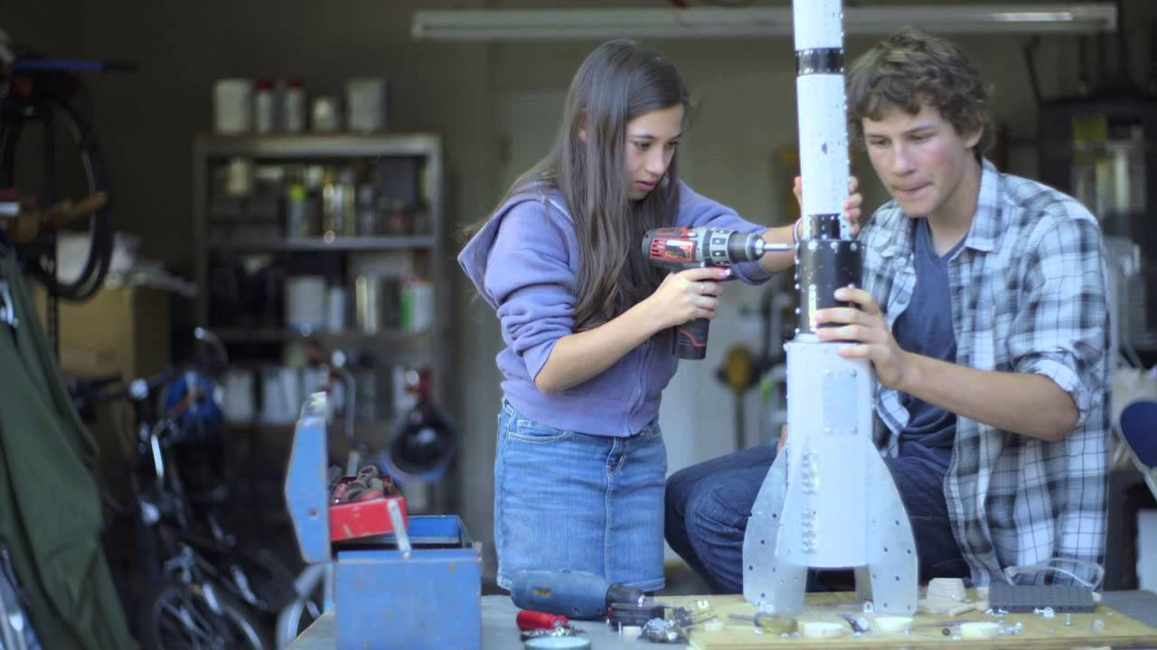 科學英文帶女孩追出夢想!