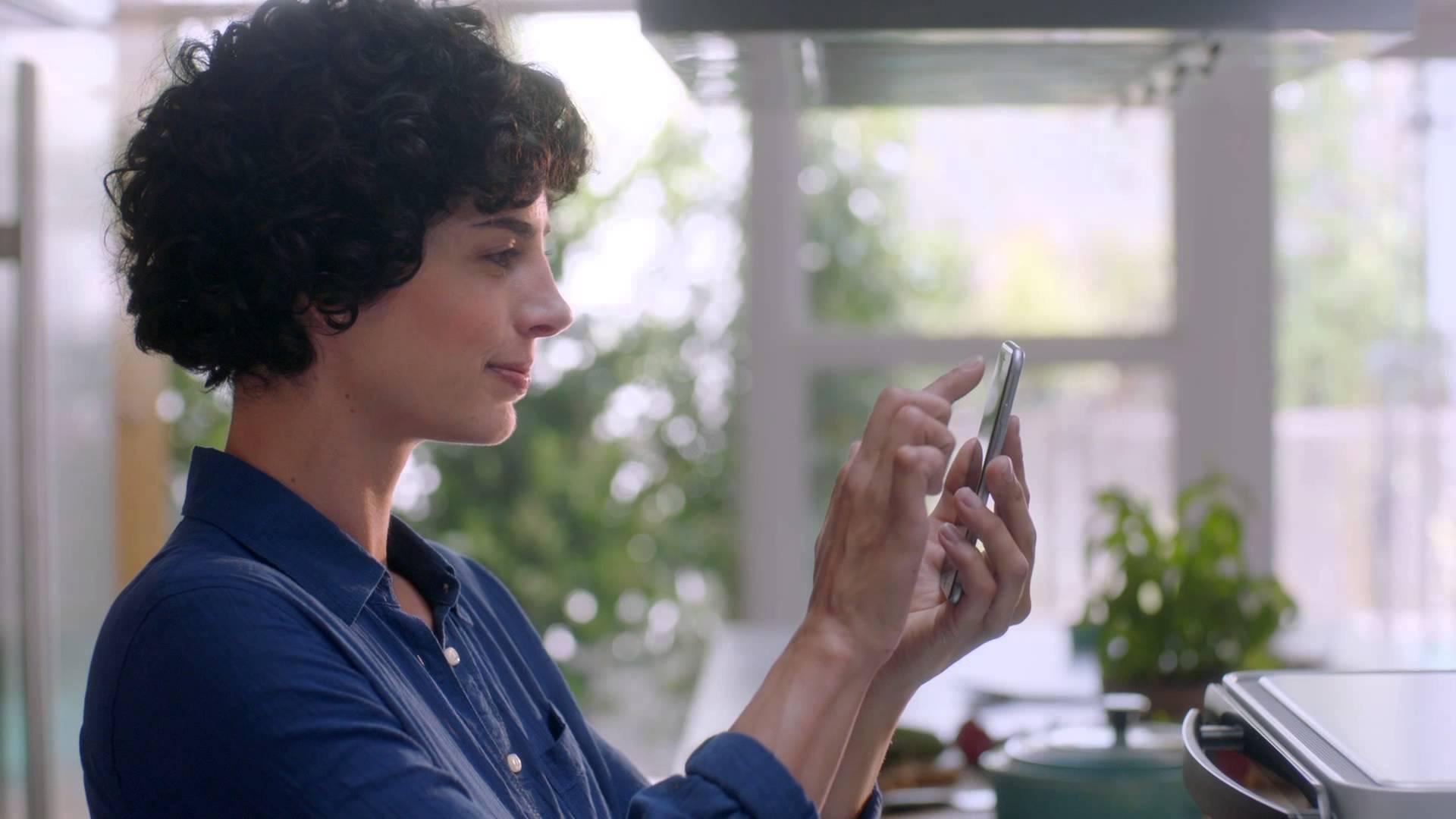 「June 智慧型烤箱,五星級料理在家輕鬆做!」- June Intelligent Oven