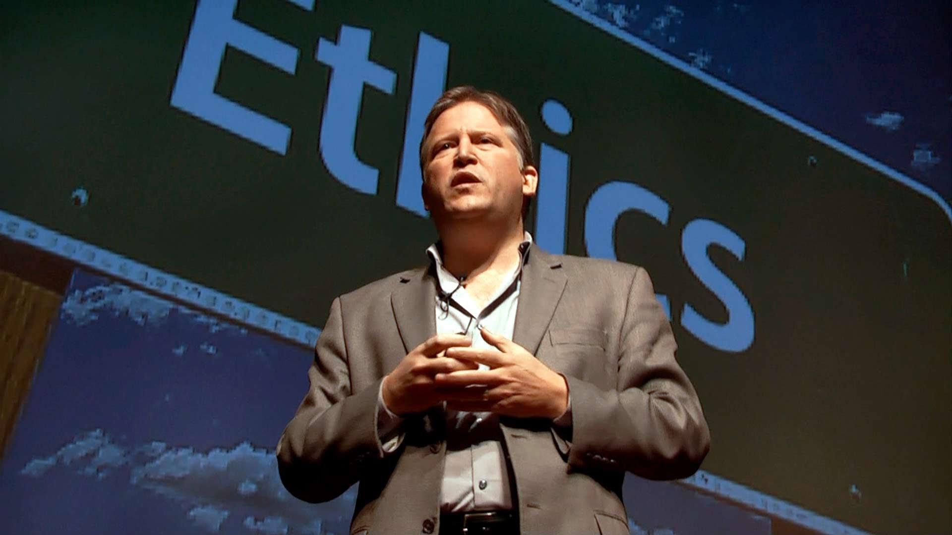 「Paul Root Wolpe:發光小狗、長人耳的老鼠...失控的生物工程學」- It's Time to Question Bio-Engineering