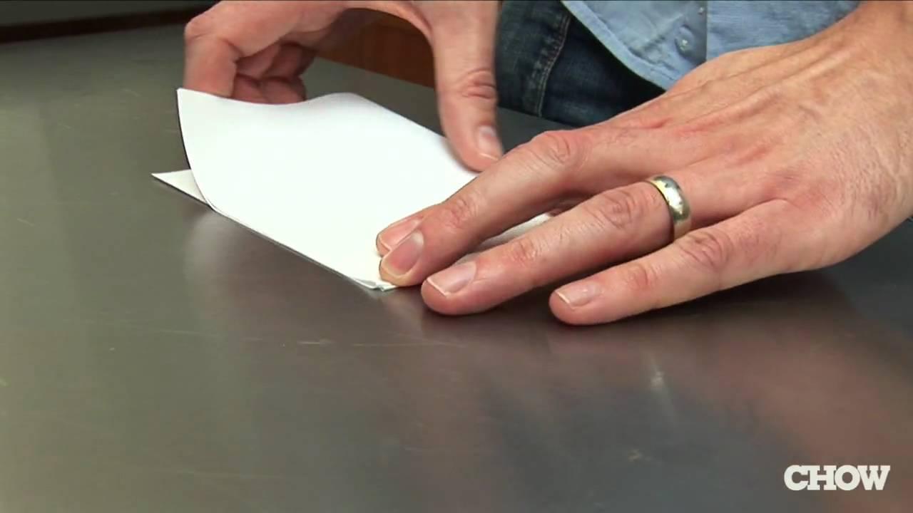 生活智慧王:打開瓶蓋,你只需要...一張紙!