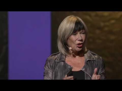 Jude Kelly:為什麼女性應該要訴說人性的故事