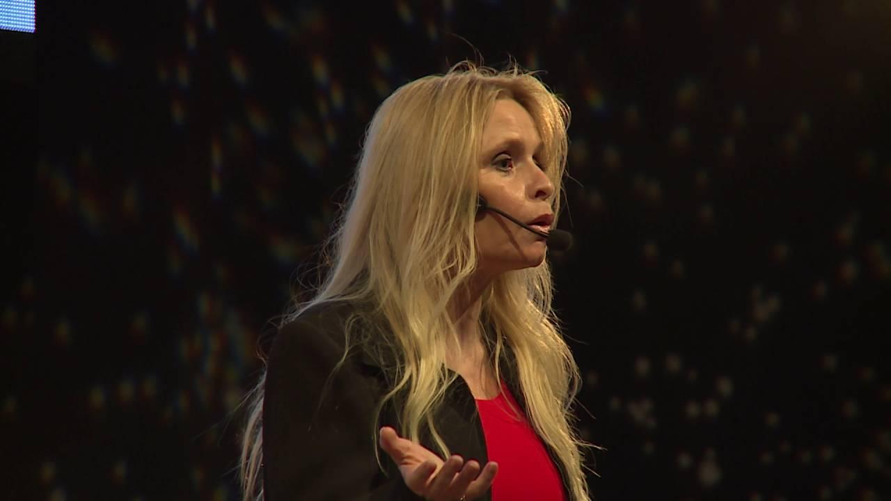 「Dawn Maslar:大腦是如何墜入愛河的」- How Your Brain Falls In Love