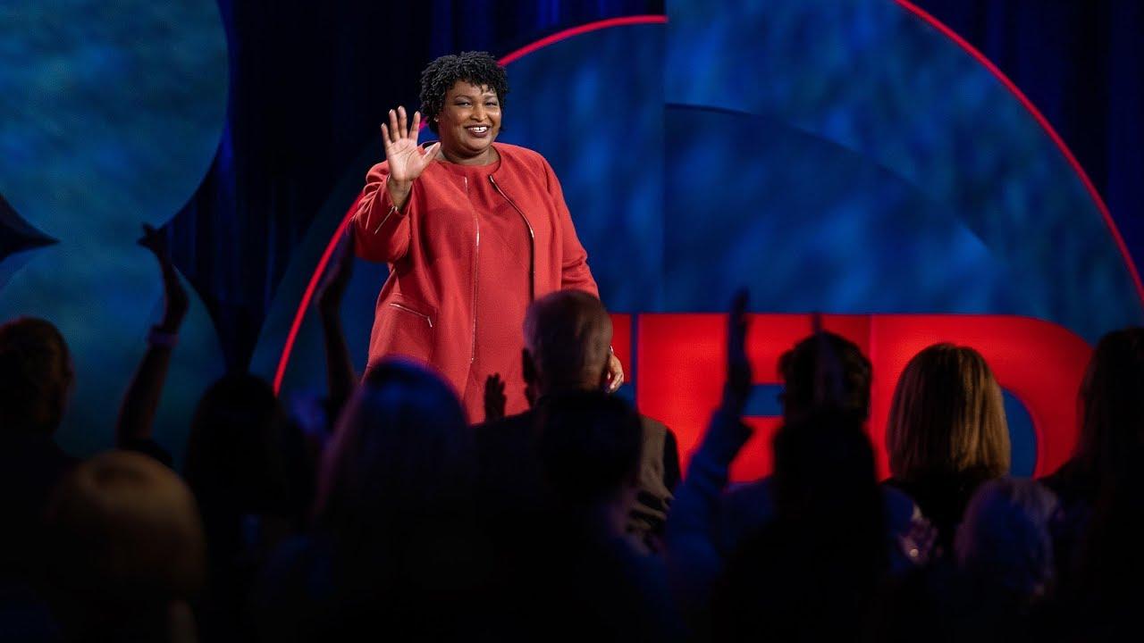 Stacey Abrams:做任何事之前必須捫心自問的三個問題